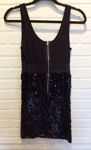 CW-Design-Size-Medium-Black-Dress_2458E.jpg