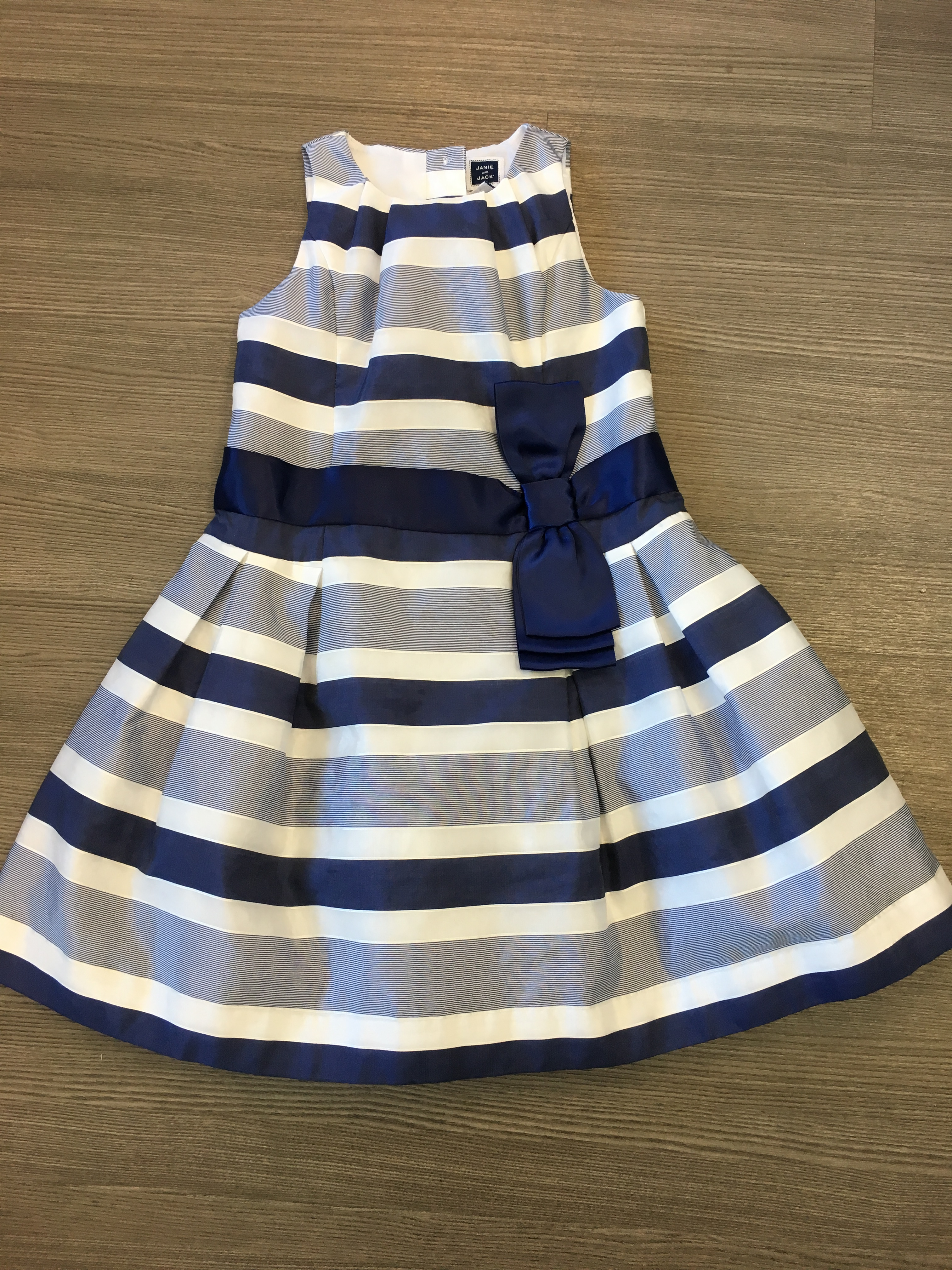 Janie-and-Jack-Size-6-Stripe-Dress_8431A.jpg