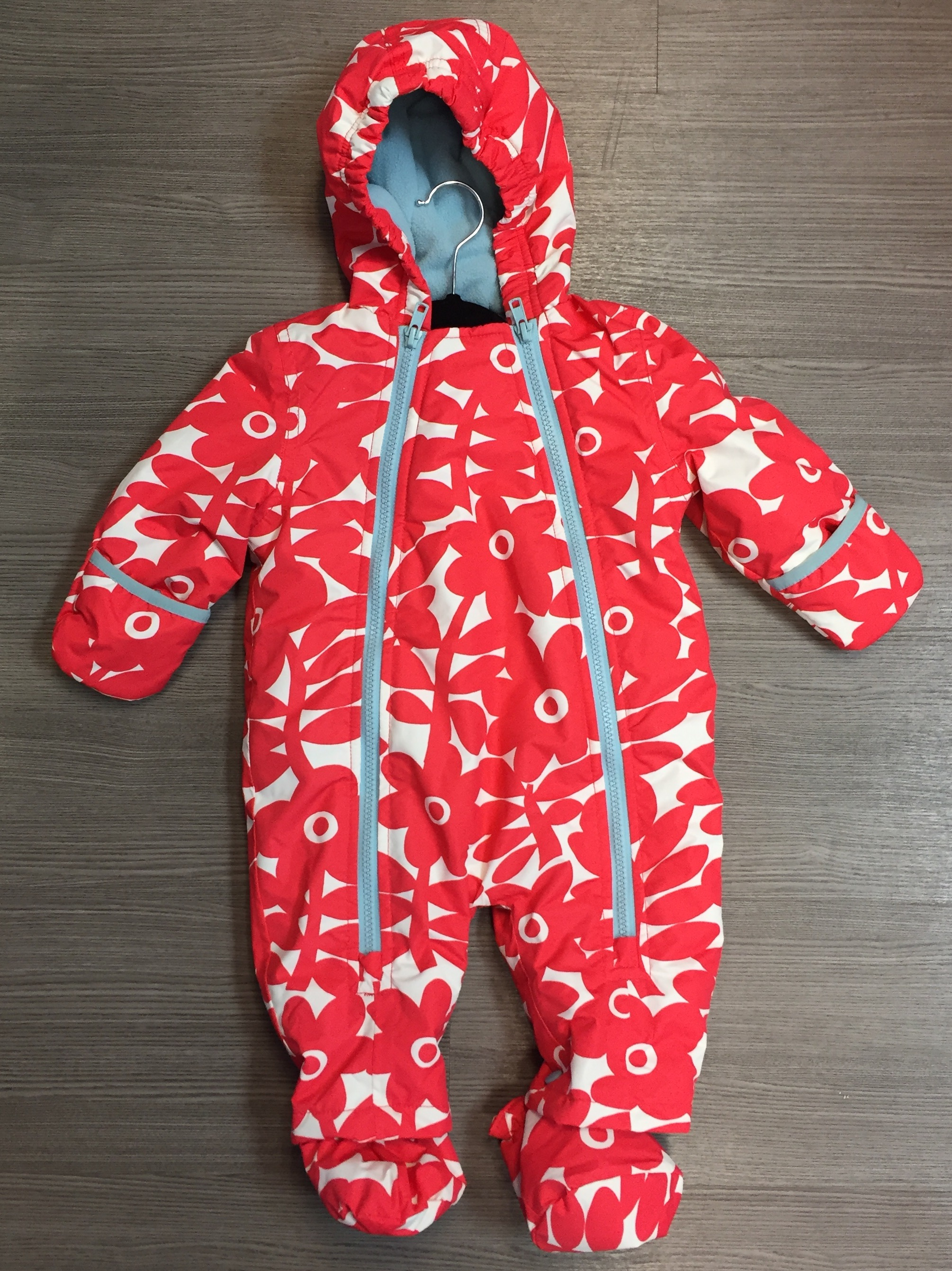 Mini-Boden-Size-3-6-months-White-and-Pink-Snowsuit_6568A.jpg