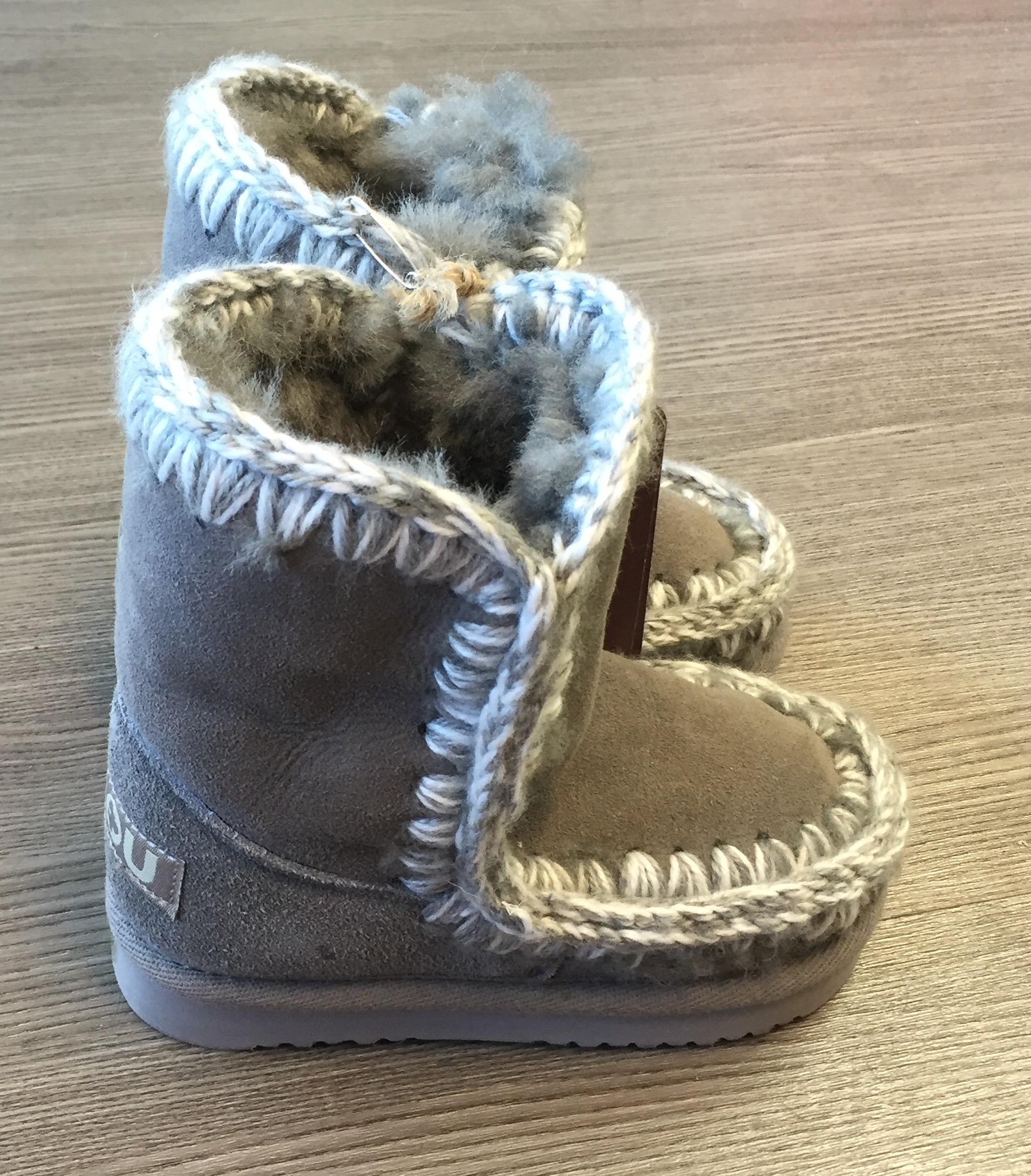 Mou-Size-24-Grey-Boots_5130A.jpg