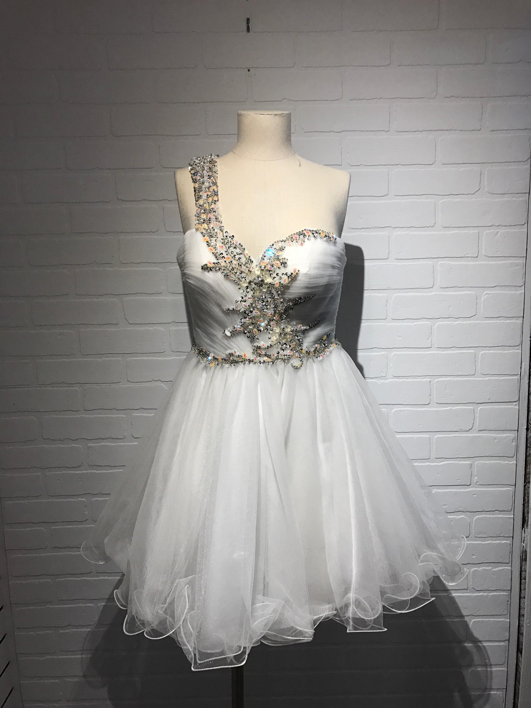 Terani-Size-2-White-Dress_4223A.jpg