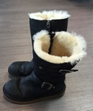 Uggs-Size-1-Black-Boots_1507C.jpg