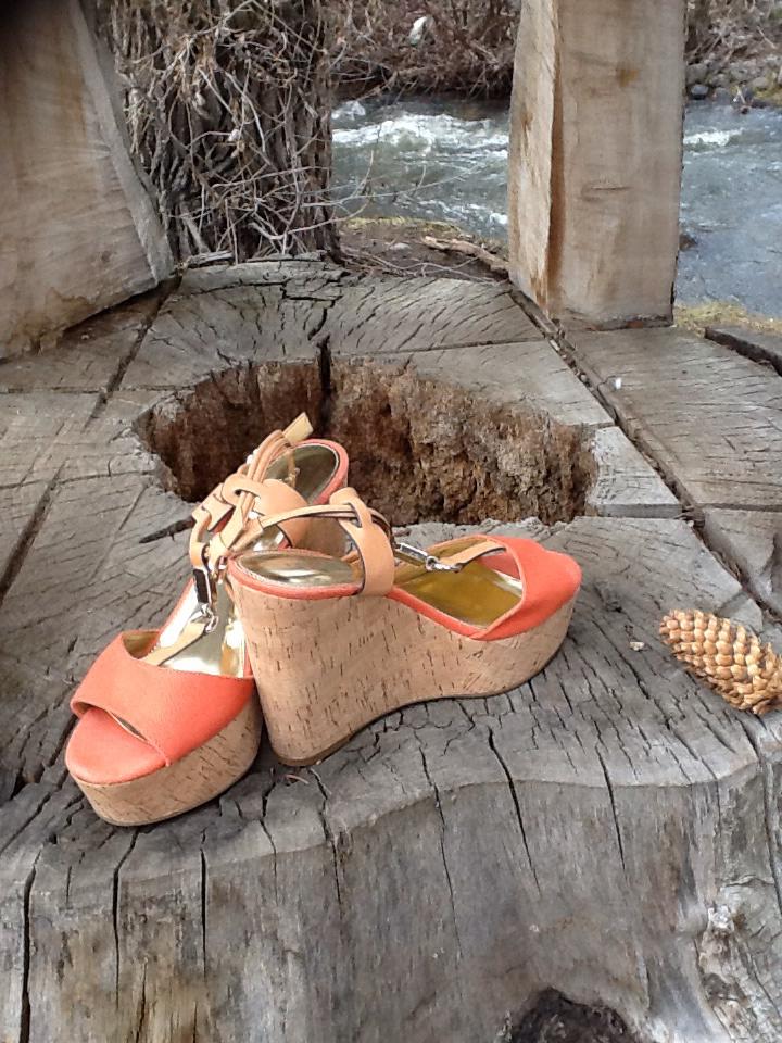 Coach-Sandals_389250A.jpg
