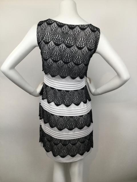 BCBGMAXAZRIA-Size-2-Black--White-Dress_7319D.jpg