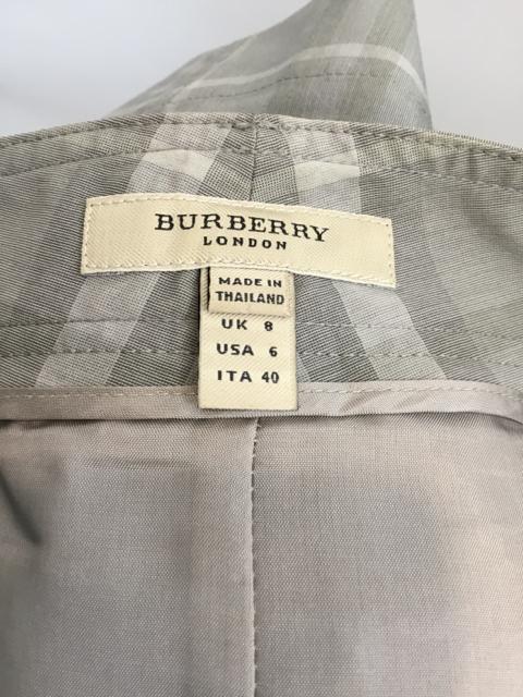 Burberry-Size-6-Taupe-Skirt_10624G.jpg