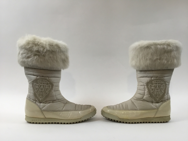 Gucci-Size-35.5-White-Hysteria-Snow-Boots-with-Fur-Trim_9828I.jpg