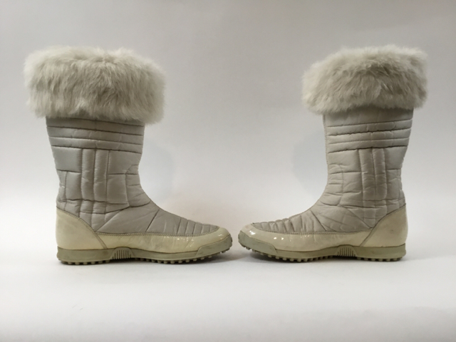 Gucci-Size-35.5-White-Hysteria-Snow-Boots-with-Fur-Trim_9828O.jpg