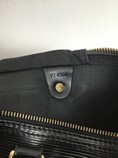 Louis-Vuitton-Large-EPI-Speedy-25-Black-Purse_9677O.jpg