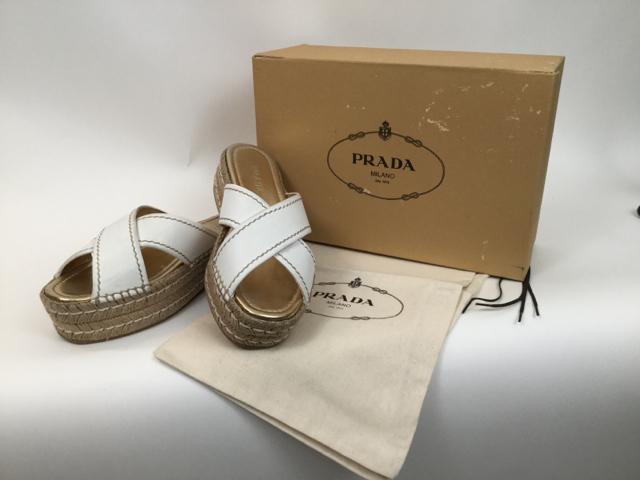 Prada-Calzature-Donna-criss-cross-platform-slip-on-slides_6533A.jpg