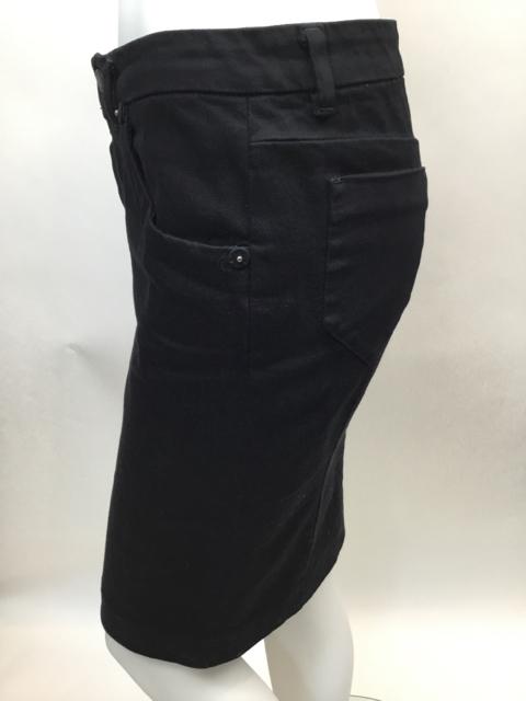 Prada-Size-40-Black-Skirt_10625B.jpg