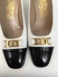 Salvatore-Ferragamo-7.5-B-Black--White-Pumps_7913H.jpg