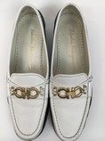 Salvatore-Ferragamo-8-B-Navy--White-Loafers_7929B.jpg