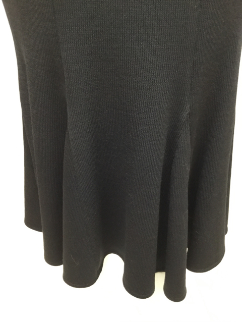St-John-Size-2-Black-Knit-Tulip-Skirt---Size-2_10628F.jpg