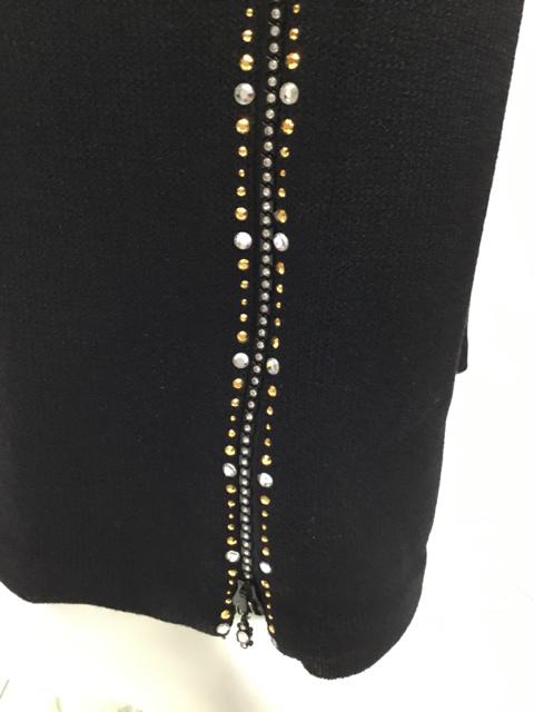 St-John-Size-6-Black-Pants-Suit_10206M.jpg