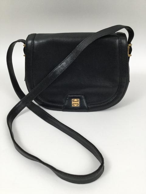 Vintage-GIVENCHY-Medium-Black-Shoulder-Bag 7978A.jpg 462a71e17e565
