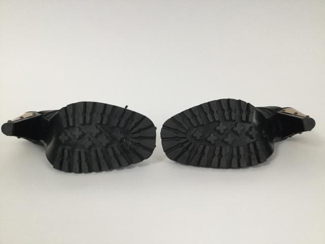 Wow-Vintage-Miu-Miu-8-Studded-Black-Mules_8137E.jpg
