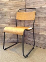Chairs_2586176A.jpg