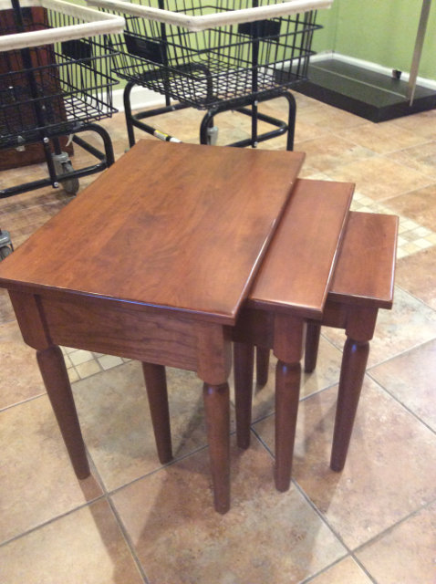 23Wx15Dx20H-Walnut-Brown-Coffee--Accent-Tables_247901A.jpg