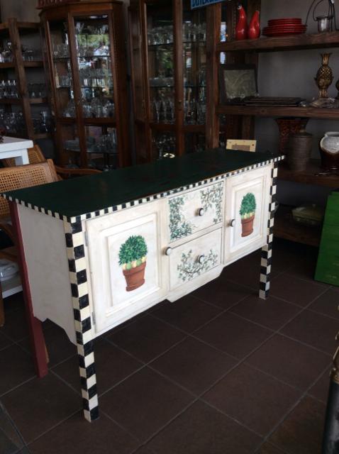 51x17.5x32.5H-Green-Buffets_246628A.jpg
