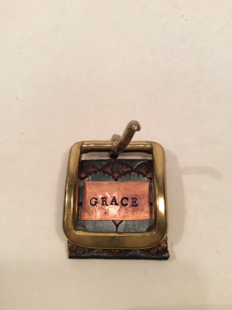 Handmade-Belt-buckle-Grace-Frames_167635A.jpg