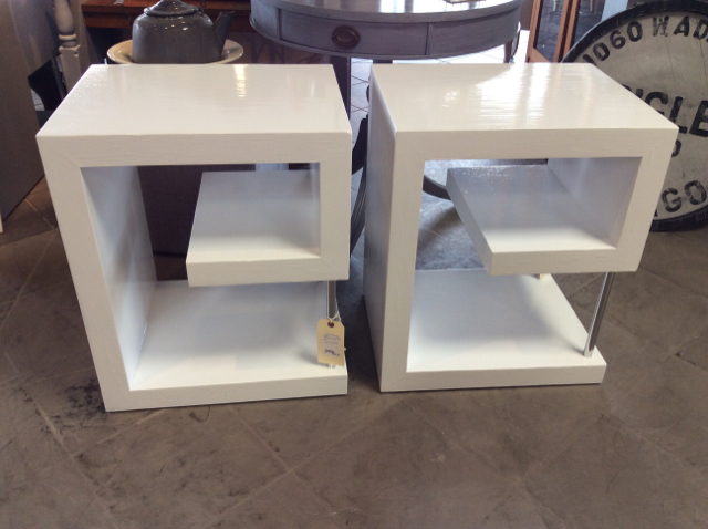 White-Coffee--Accent-Tables_227234A.jpg