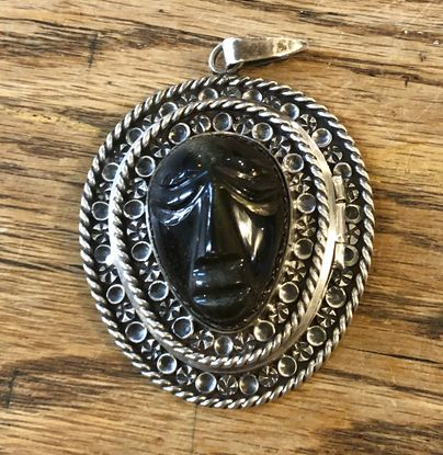 Mexican-sterling-locket-w-face_151921A.jpg
