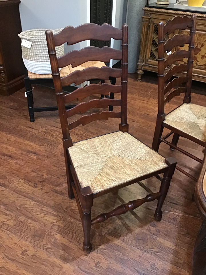 Chairs_195604A.jpg