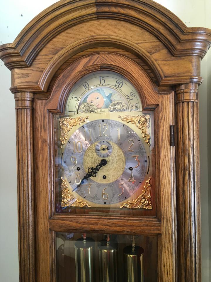 Clock_193757B.jpg