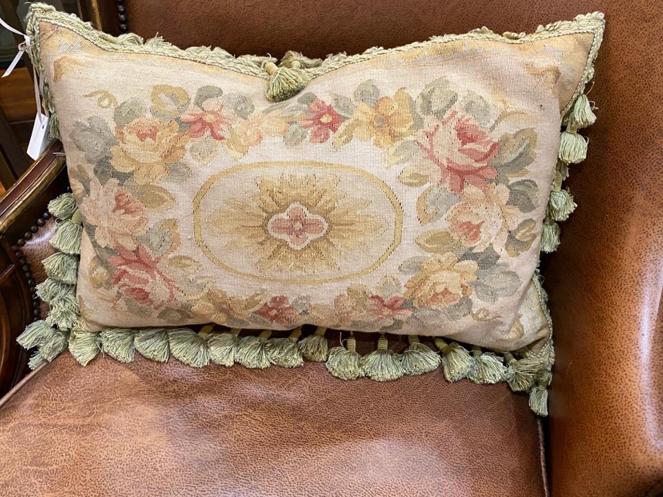 Pillows_195167A.jpg