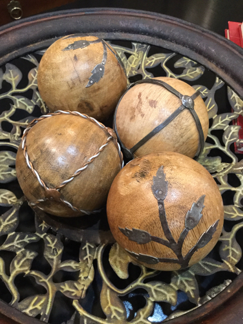 Decorative Wood Balls With Metal Accents_23247A