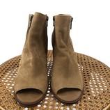 Tan-W-Shoe-Size-8-LUCKY-BRAND-Boots_1129567A.jpg