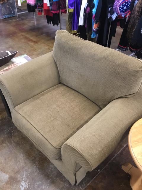 Chair_40233B.jpg