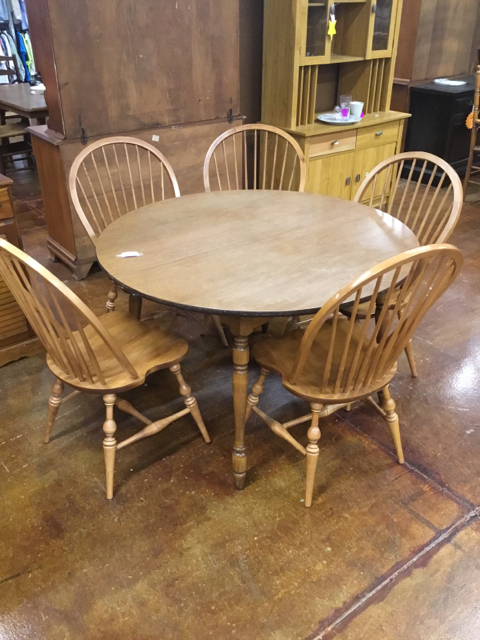 Complete-Dining-Set_40583A.jpg