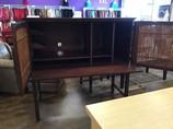 Desk_39998C.jpg