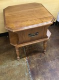 End-Table_39148A.jpg