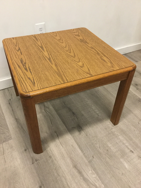 Oak-End-Table_34939B.jpg