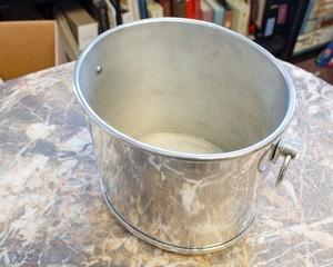 Aluminum-Ice-Bucket_90121B.jpg