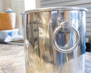 Aluminum-Ice-Bucket_90121C.jpg