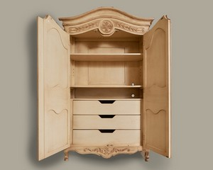 French-Heritage-Armoire_89829D.jpg