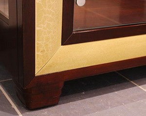 Henredon-Curio--Display-Cabinets_89287E.jpg