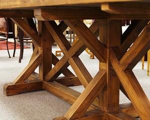 Table_57984E.jpg