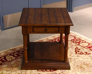Thomasville-Side-Table_90182A.jpg