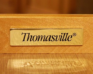 Thomasville-Side-Table_90182F.jpg