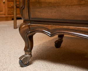 White-Fine-Furniture-Walnut--Drop-Leaf-Bar-Cart-on-Casters_90046D.jpg
