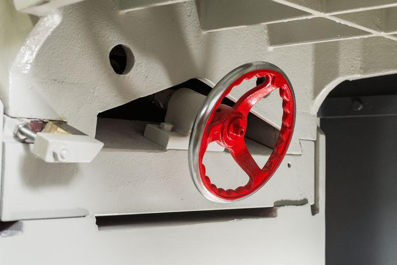 NT-610XL-Heavy-Duty-Chain-Drive-Series-Double-Surfacer_1164R.jpg