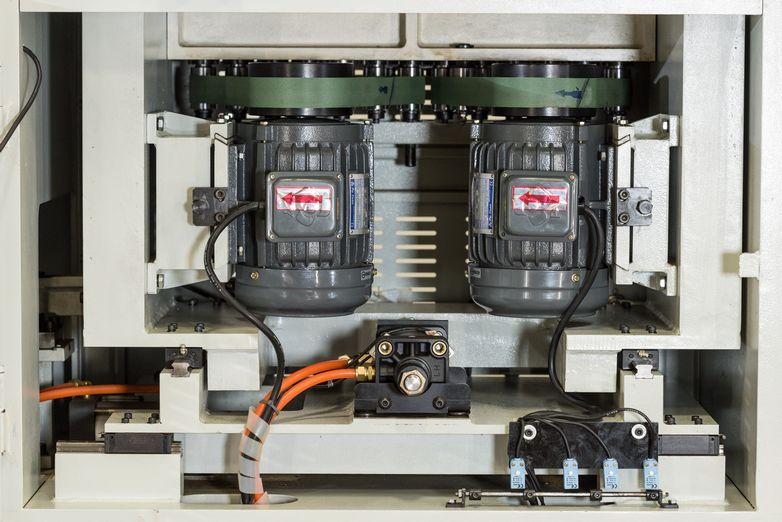 NT-DTM13HSS-Dovetail-Machines_4326O.jpg