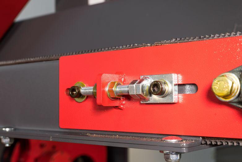 NT-HBR-12E-Horizontal-Bandsaw_4559R.jpg