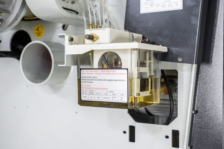 NT-SLR-14SC-PRECISION-STRAIGHT-LINE-RIP-SAW_1254M.jpg