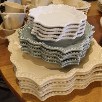 Antheor-Porcelain-DishwareServing-Pieces_65242A.jpg
