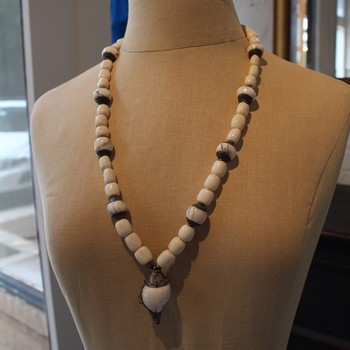 Cream-Beaded-Necklace-with-SterlingShell-Pendant_62418A.jpg